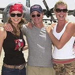 Chely Wright, Gary Sinise, Rebecca Stamos in Iraq, 2003